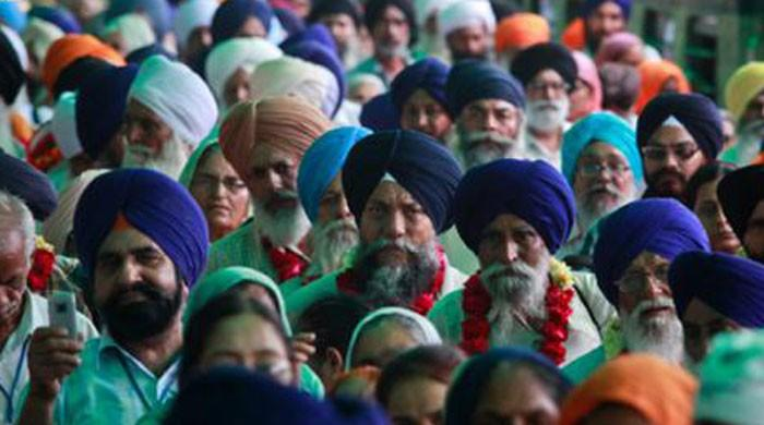 Sikh pilgrims start returning to India after celebrating Besakhi in Pakistan