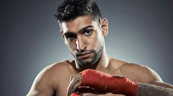 Amir Khan returns to boxing ring against Canada's Phil Lo Greco tonight