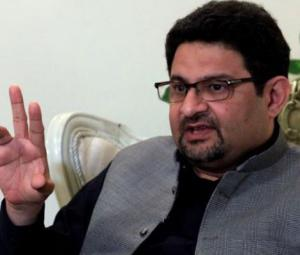 Miftah draws World Bank attention to India's non-adherence to Indus Waters Treaty