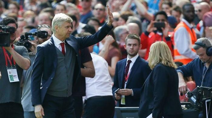 Wenger farewell fails to fill the Emirates