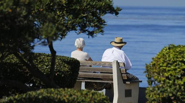 Losing a spouse late in life linked to cognitive decline