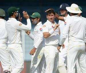 Pakistan cricket team to leave for England-Ireland tour today