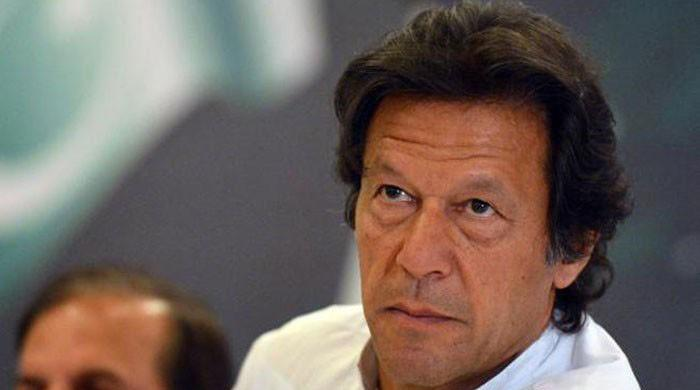 Imran says won't forge alliance with Zardari, Nawaz