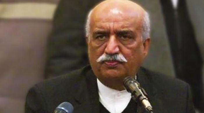 Khursheed Shah warns institutions heading towards 'dangerous' confrontation
