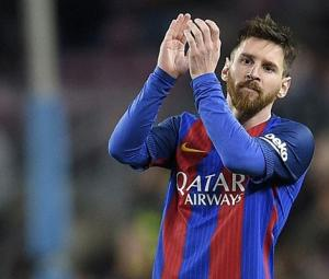 25,000 euros a minute: Messi zooms past Ronaldo as top earner