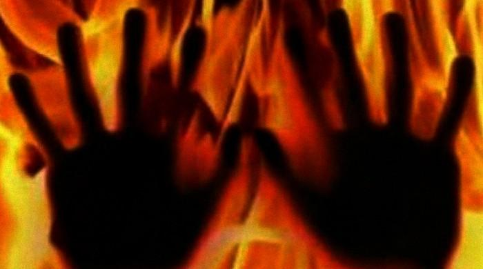 In-laws douse woman in oil, set her ablaze in Lahore