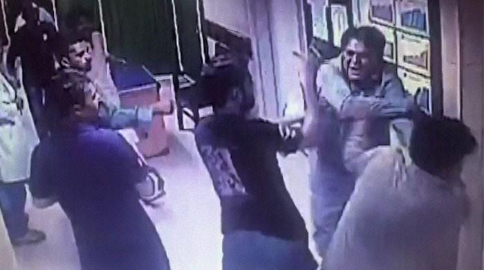 Karachi doctor, cronies assault patient and family