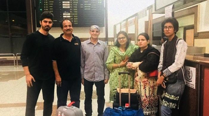 Authorities stop national table tennis team players from travelling abroad