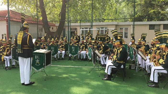 Military tri-services band performs at Pakistani embassy in Beijing