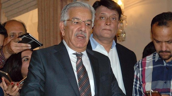 Khawaja Asif to challenge disqualification verdict in SC