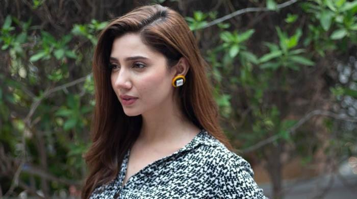 French Embassy wishes luck to Mahira for representing Pakistan at Cannes