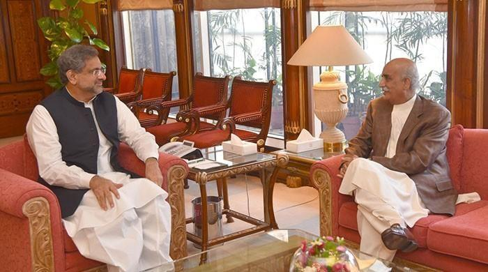 PM Abbasi, Shah to meet in last-ditch effort to finalise caretaker premier