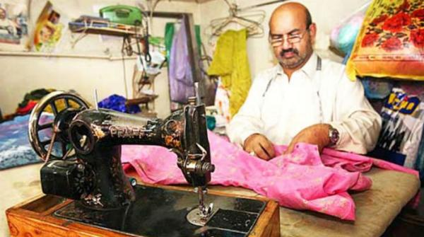 Bring on the orders : Tailors in frenzy to cope with demands