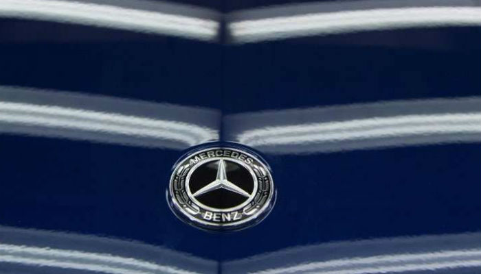 Germany discovers ?illegal? devices that may be in 1M Mercedes diesels