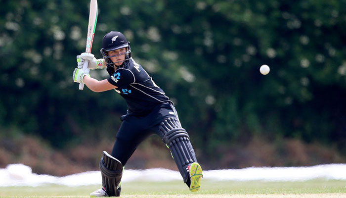 Amelia Kerr, 17, hits highest Women's ODI score of 232