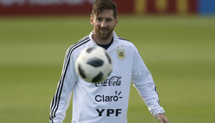 Argentina vs Iceland : Messi subdued by muscular Icelandic defence