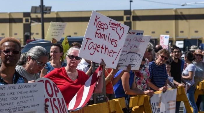 Hundreds protest Trump's family separation policy