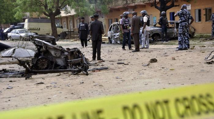 Suicide blasts in Nigeria kill 31