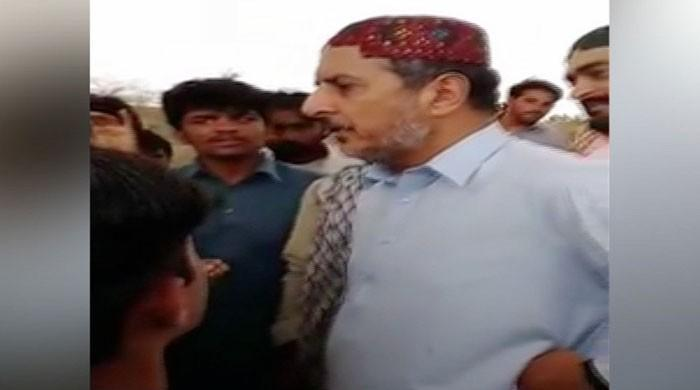 PML-N nominee confronted by constituents in DG Khan