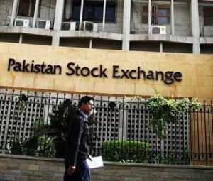 KSE-100 index falls over 700 points