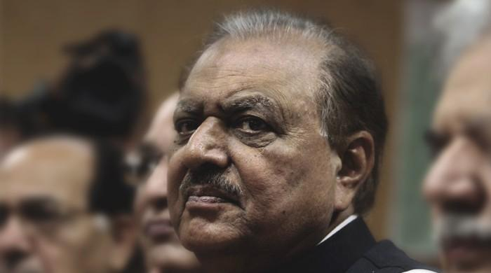 President Mamnoon returns to Pakistan after Tajikistan visit