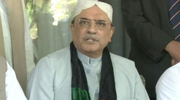 Musharraf doesn't intend to return to Pakistan, says Zardari