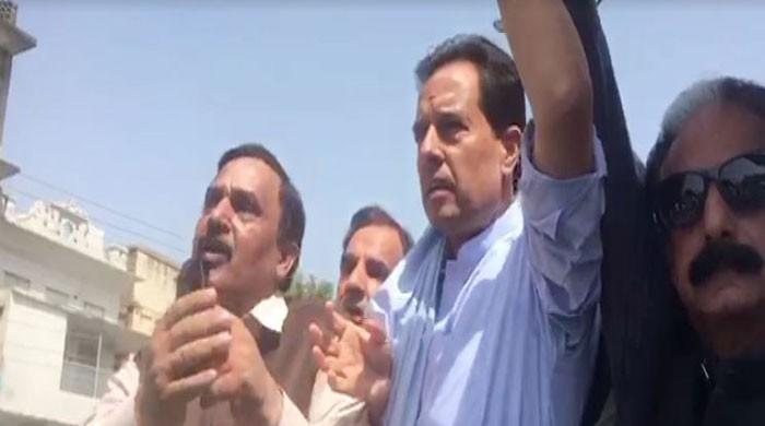 NAB finally arrests Safdar after he appears at PML-N rally in Rawalpindi