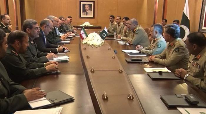Iranian CGS discusses regional security with COAS during visit to Pakistan