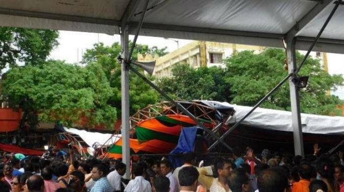 Tent collapse at Indian PM Modi's rally injures 15
