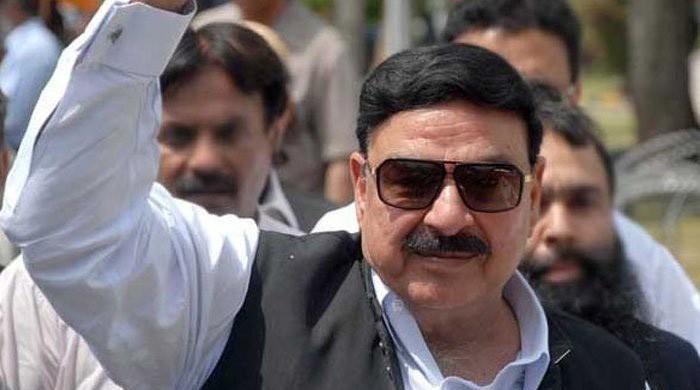 Case registered against Sheikh Rasheed over using fireworks in Rawalpindi