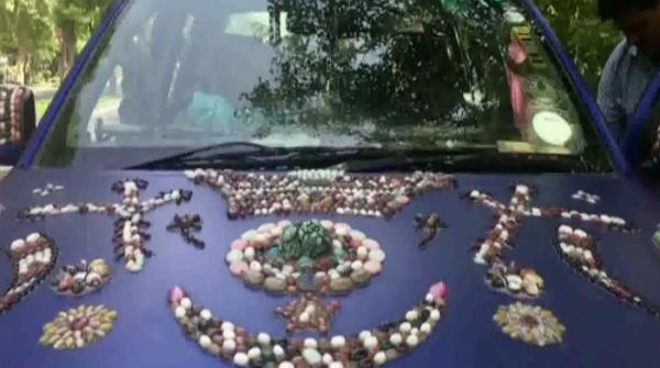 Pilot adorns his car with rare stones