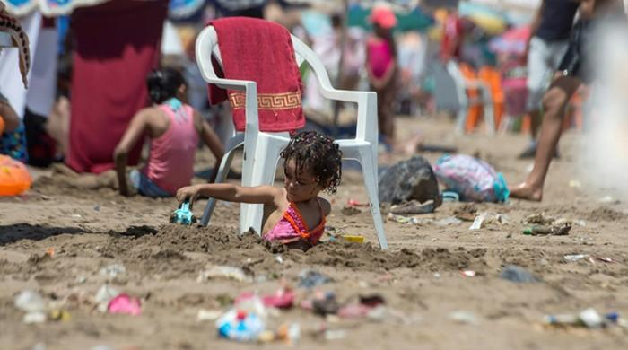 Morocco's litter-strewn beaches kick up a stink