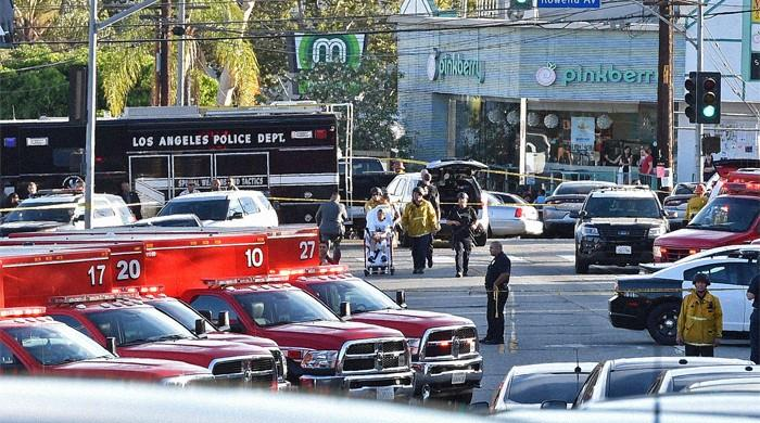 LAPD respond to 'active' incident at Silver Lake supermarket