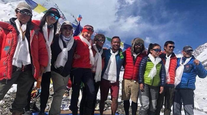 31 mountaineers, including two Pakistanis, summit K2
