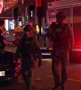 Nine shot in downtown Toronto, gunman dead: police