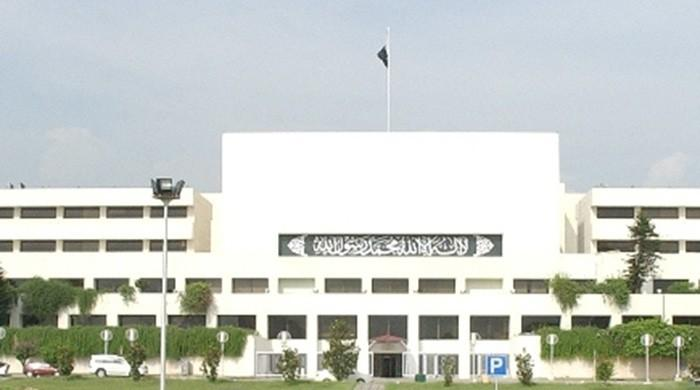 Where do the 272 MNAs, elected in 2013, stand in 2018?