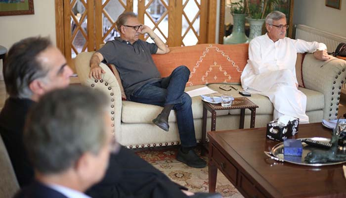 A delegation of the Muttahida Qaumi Movement-Pakistan met Jahangir Khan Tareen here in Islamabad on Friday, August 3, 2018, to discuss a possible alliance with Pakistan Tehreek-e-Insaf. Photo: Geo News