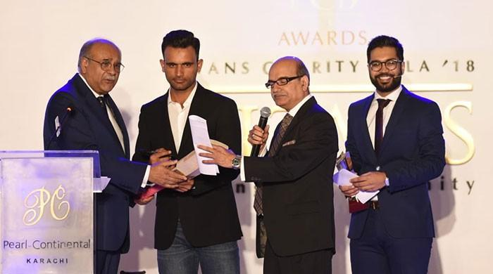 Fakhar Zaman shines at PCB awards ceremony