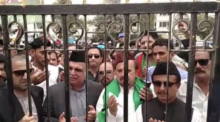 PTI Sindh governor-nominee stopped from entering Quaid's mausoleum