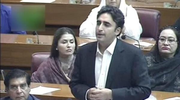 Bilawal congratulates 'prime minister-select' Imran Khan