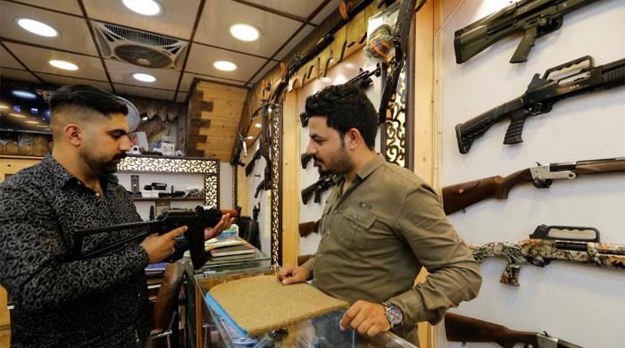 Baghdad gun shops thrive after Iraqi rethink on arms control