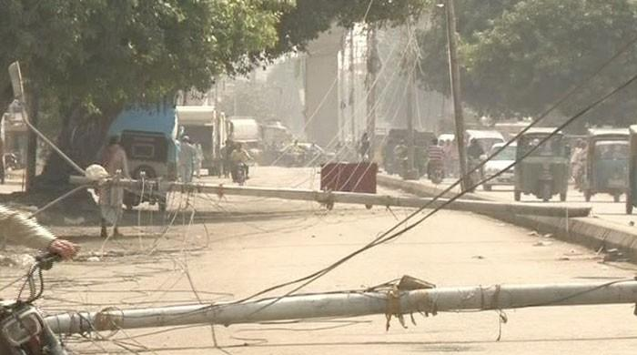 Another boy electrocuted by high-tension wire in Karachi