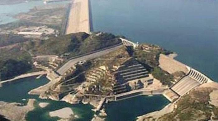 China uses world's largest straw to remove soil from Tarbela Dam