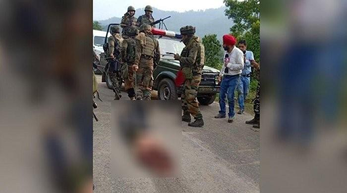 Indian forces drag body of Kashmiri with chains