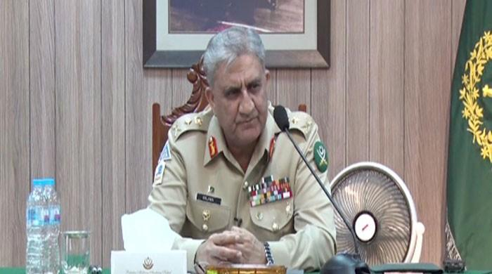 COAS directs cadets to uphold virtues of honour in his Kakul visit