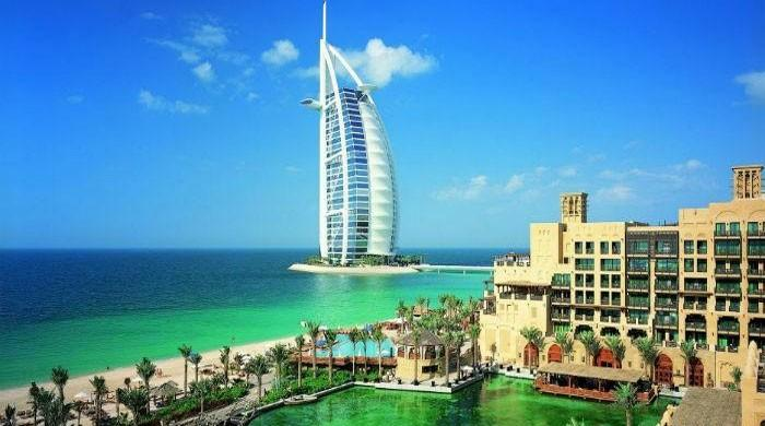 Govt to serve notices to 300 Pakistanis owning properties in UAE: sources