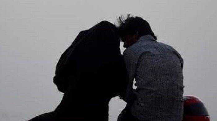 Karachi police chief warns officers against asking couples for proof of marriage