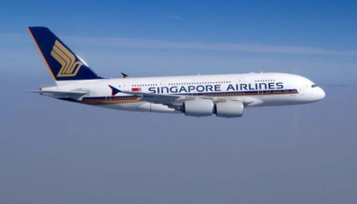 Worlds longest flight departs Singapore for New York
