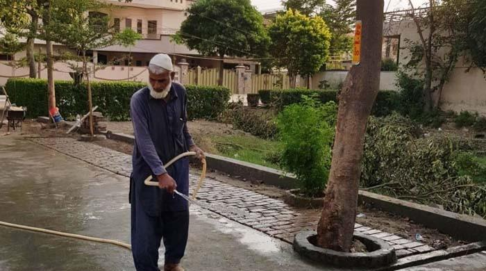 As groundwater levels plunge, Lahore begins turning off taps