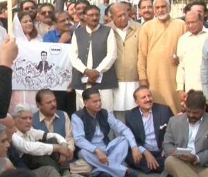 PML-N, allies protest Shehbaz's arrest outside Parliament